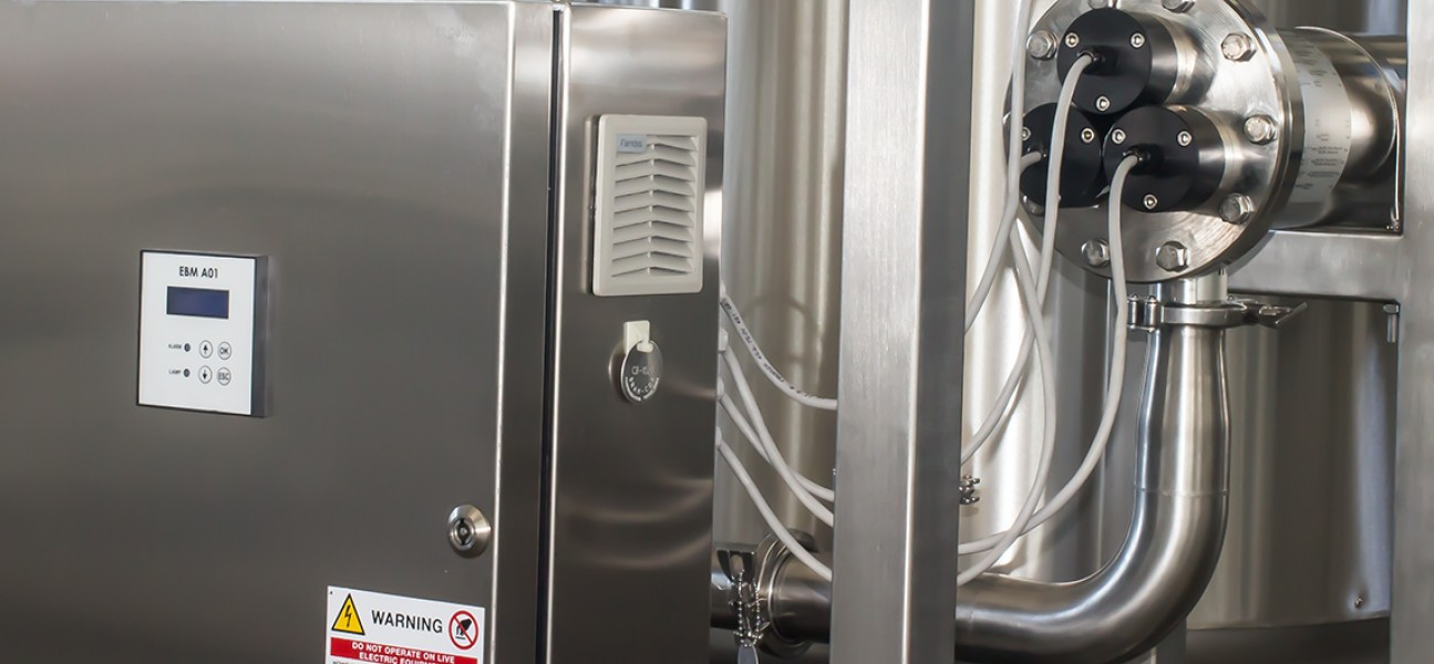 Bram-Cor Pharmaceutical Equipment - Water pretreatment systems - UV reactor