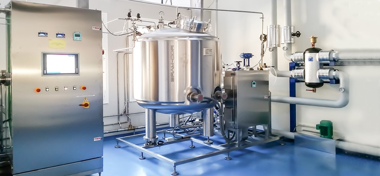 Bram-Cor Pharmaceutical Equipment - STOC Storage Tank